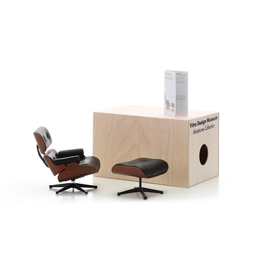 Miniature chair Lounge Chair & Ottoman Charles & Ray Eames, 1956